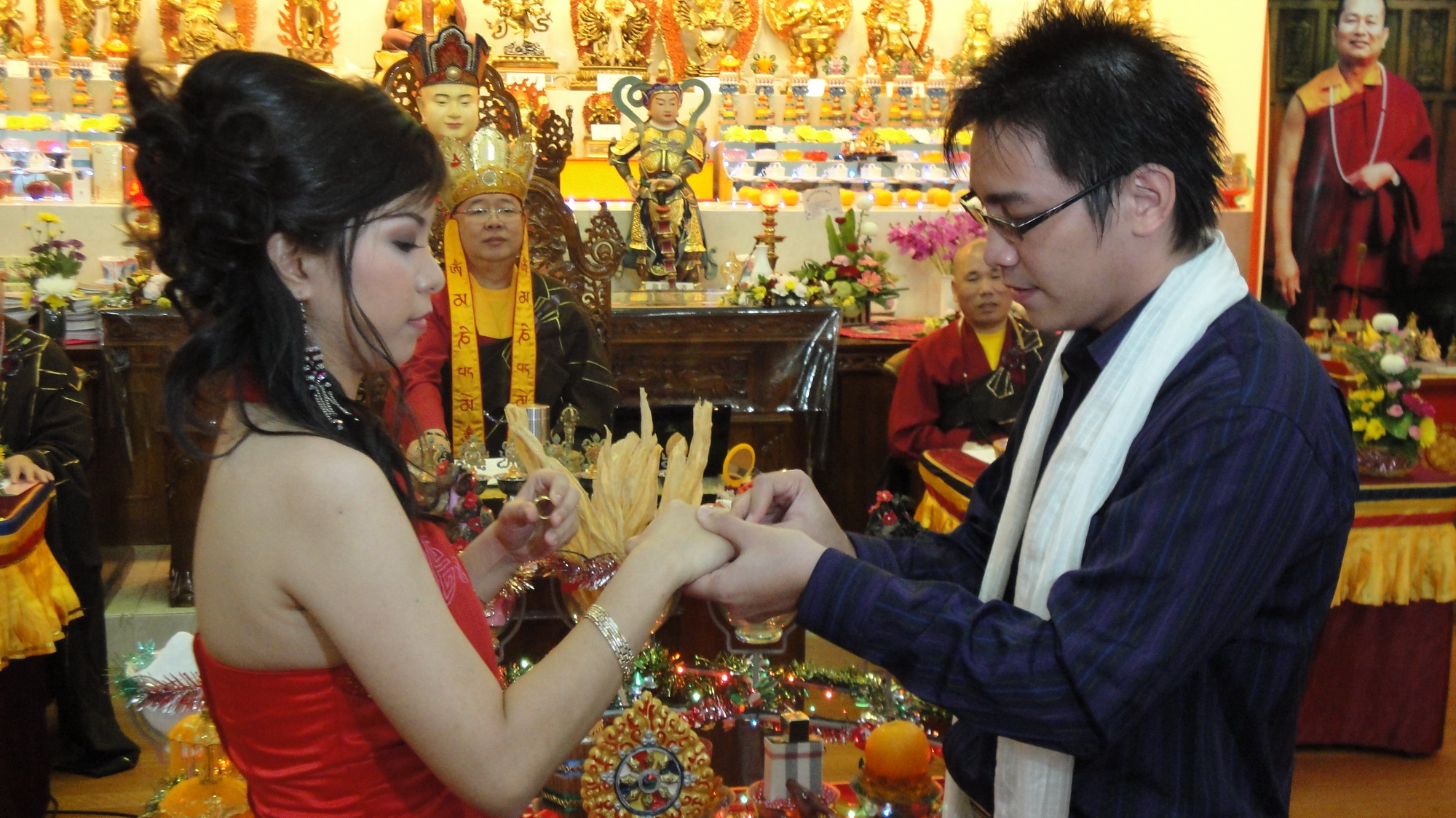 Salah Satu Proses Upacara Pemberkatan Pernikahan yaitu Saling Menukar Cincin